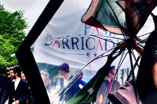 barricaden_schirm